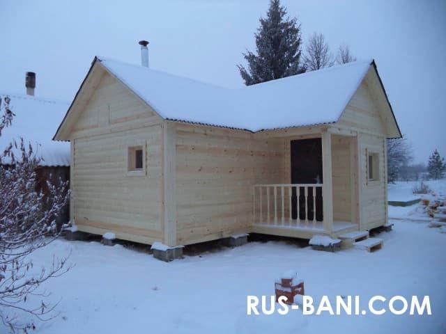 Построили баню зимой