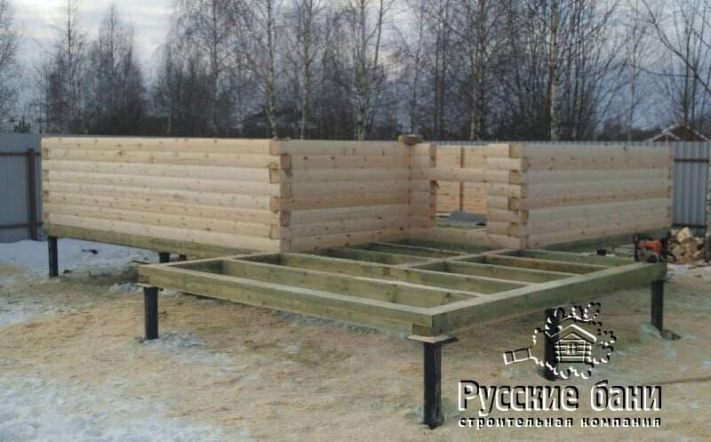Баня с навесом для хранения дров